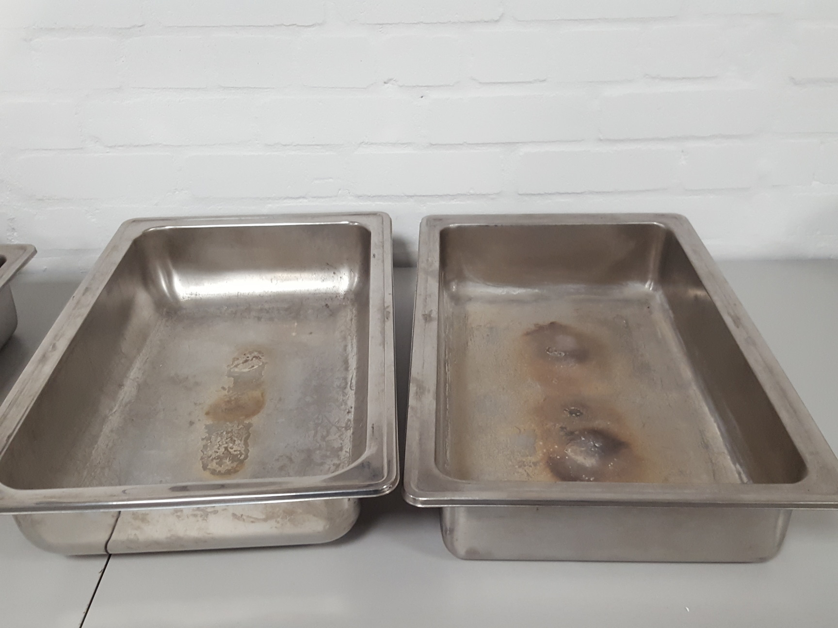 Lot of 3 Stainless Steel Banqueting Trays With Lids Hot Buffet